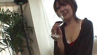Uninteresting fucking on the bed with nasty mature wife Yuuno Hoshi