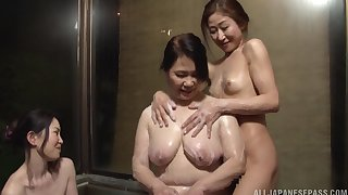 Hardcore lesbian fucking outclass a mature and a younger babe