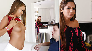 Stepmom help a youthfull four with very first fuckfest
